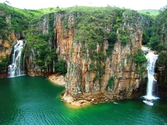 cachoeira_dos_canyons_-_furnas